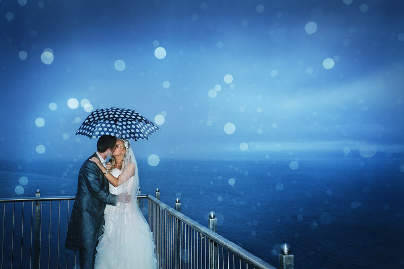 redcastle donegal enigmatic intimate ireland night northern ireland wedding photography chris huston photo rain